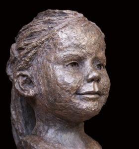 portret van meisje in brons